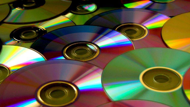 بهترین خریدار ضایعات سی دی cd، کریستال و طلق