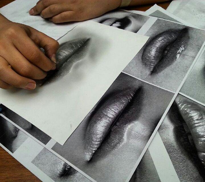 آموزش تخصصی سیاه قلم و قبول سفارش