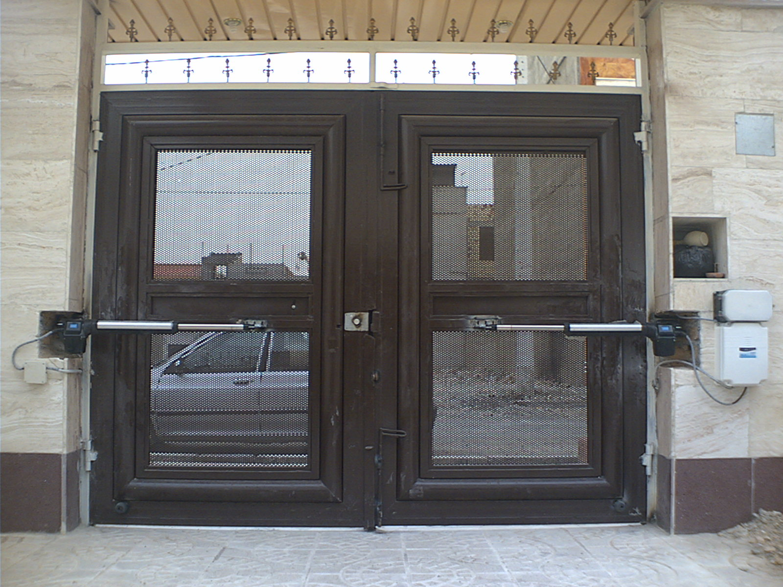 درب اتوماتیک جک پارکینگی (فروش ،نصب،تعمیرات باضمانت )