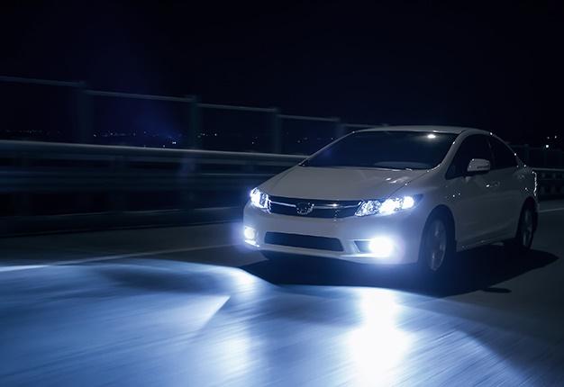 ترمیم تخصصی چراغ خودرو