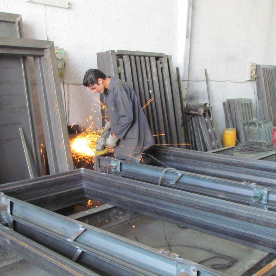 سازنده مدرن ترین درب و پنجره فلزی و چهارچوب