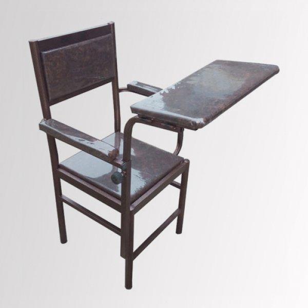 صندلی نماز و میز نماز