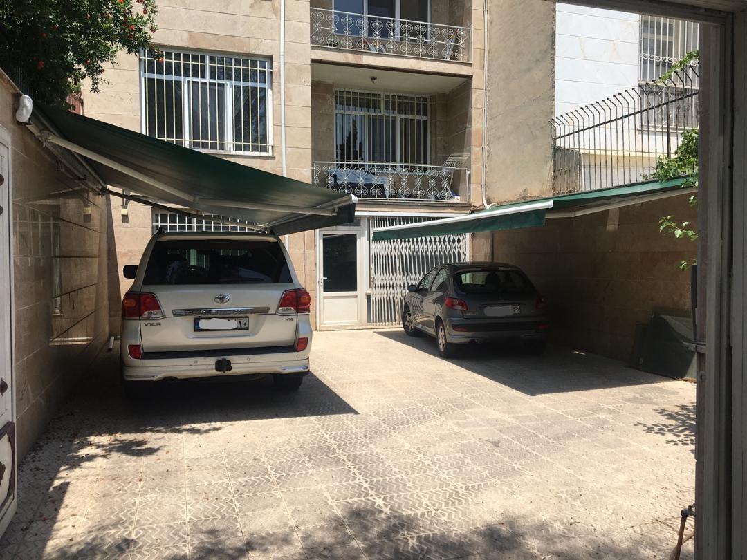 سایبان پارکینگ و حیاط