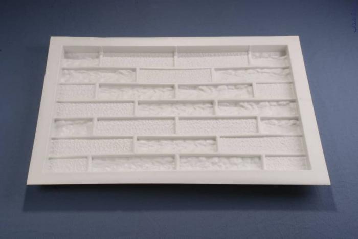 طراحی،تولید و فروش انواع قالب های مخصوص سمنت پلاست و سنگ مصن