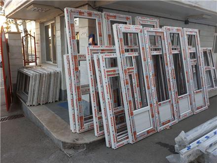 ساخت و نصب انواع پنجره های Upvc