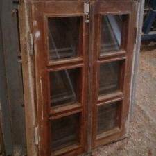 پنجره چوبی نراد