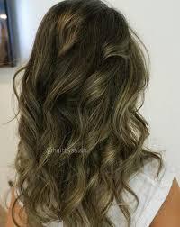 کوتاهی مو، رنگ مو