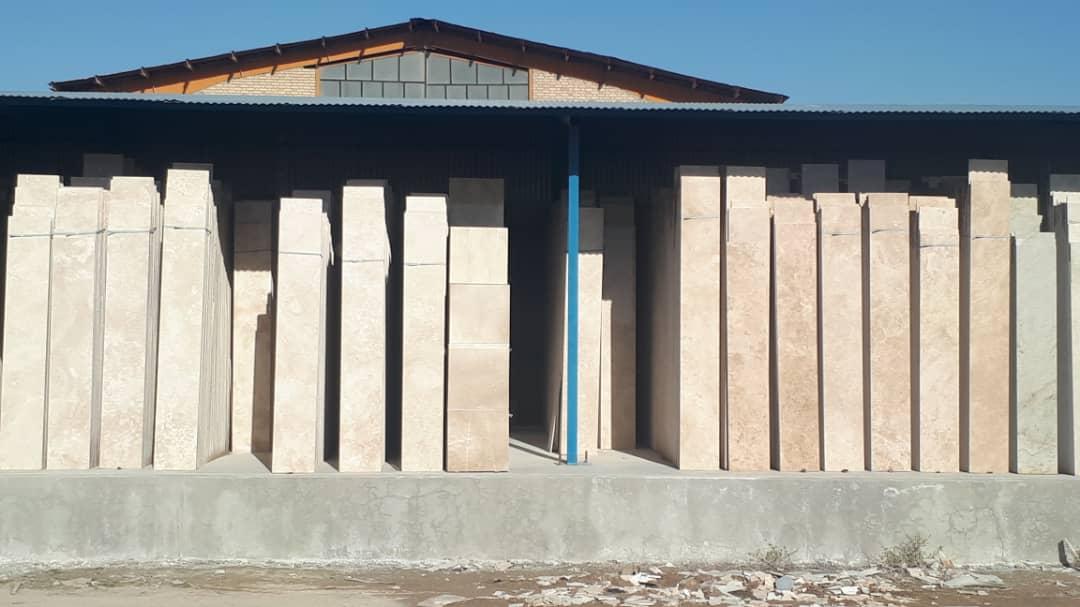 سنگ ساختمانی ده بخاری و تراورتن عباس اباد