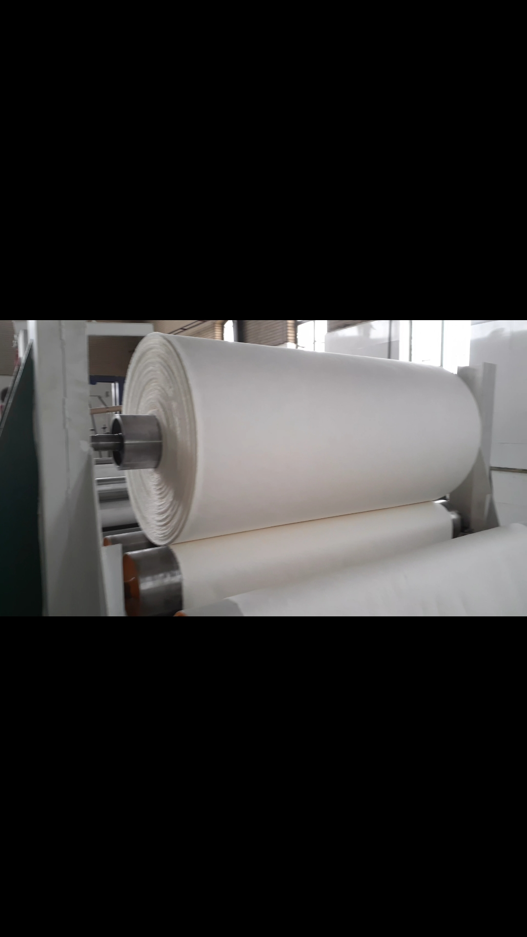 طراحی و راه اندازی خط تولید کاغذ سفید و مقوا