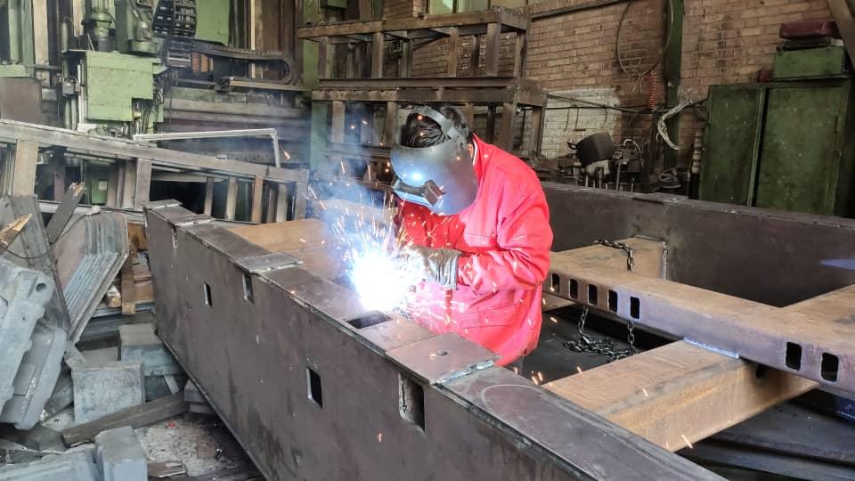 طراحی و ساخت قطعات خاص صنعتی و تولیدی