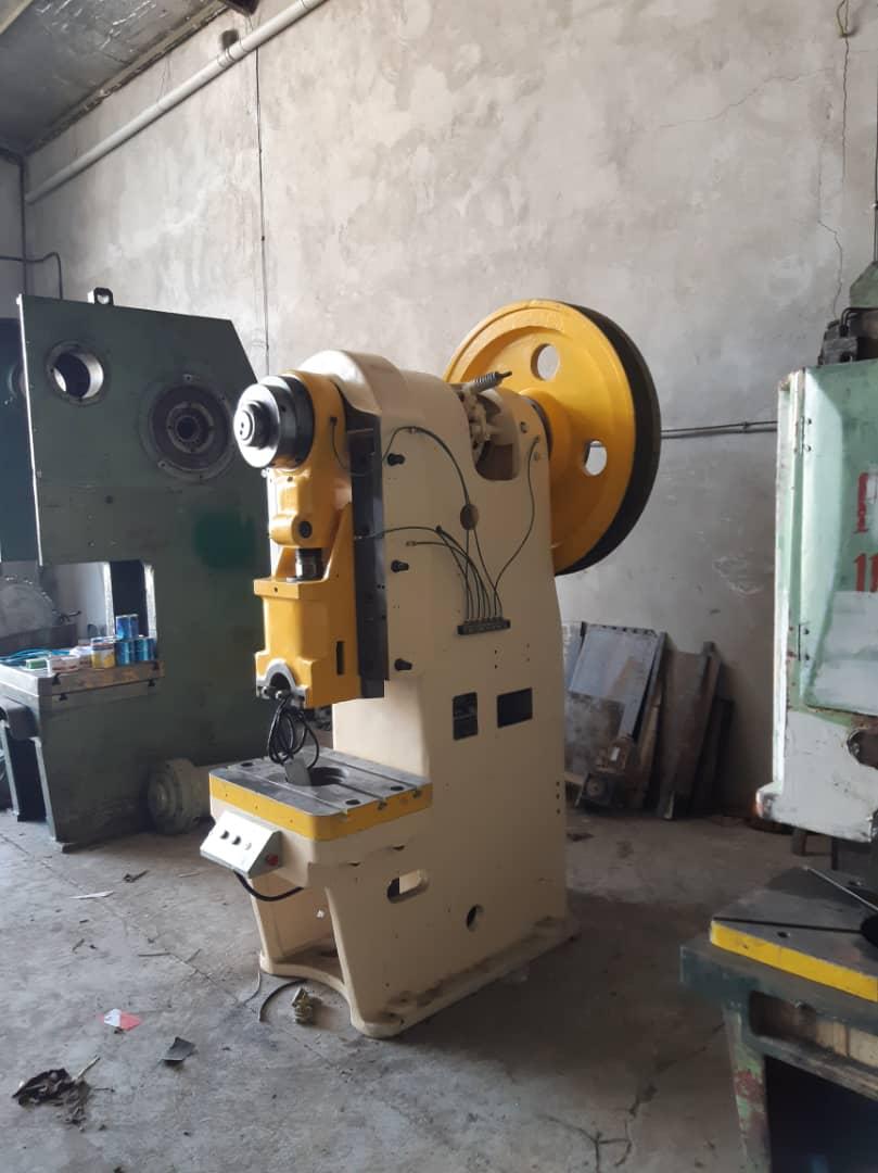 فروش ماشین آلات صنعتی