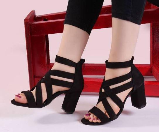 کفش دخترانه و زنانه