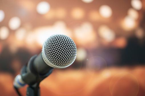 تدریس اصولی آواز و خوانندگی ساخت موزیک حرفه ای